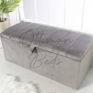 line blanket box